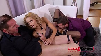 Petite real estate agent Veronica Leal double penetrated until she screams GP801