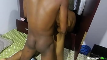 I went to help my fat neighbor that got stucked while cleaning her locker, we ended up fucking