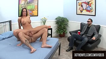Hubby Got Himself a Drink to Watch His Wife Kortney Kane Getting Boned