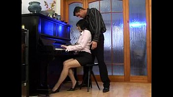 xvideos massio piano gay
