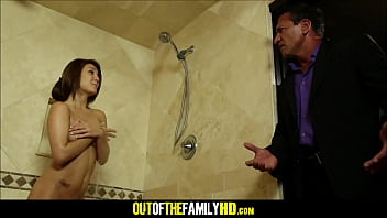 Hot Daughter Jojo Kiss Fucked By Step Dad In Shower