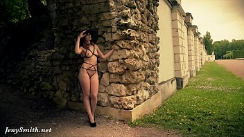 Lingerie modeling in 93101 Jeny smith wearing mymokondo strap bondage in old park