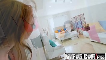 (Athena Rayne, Mandy Muse)  - Now Watch Me Squirt - MOFOS