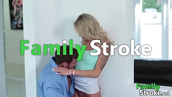 Sneaking Daddy and Fucking Daughter - FamilySTROKE.net HD Porn