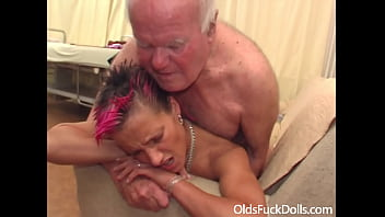 Lean young slut fucked by dirty grandpa Mireck in the waiting room