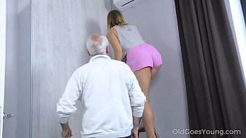 Old Goes Young    Sweetie Thanks A Caring Matu s A Caring Mature Man