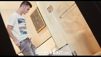 Vincent garber gay Showerbait - vincent james seduces fucks zak bishop
