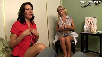 Handjob Therapy with stepMom