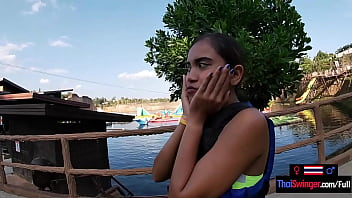 Asian teen amateur fun with the boyfriend in a waterpark and sex afterwards