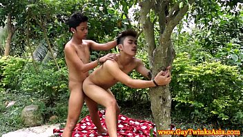 Young teen gay rimjob Ethnic twinks barebacking in the woods