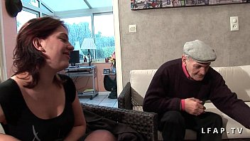 FFM 2 huge French sluts take care of the cock of an old man in heaven 26 min