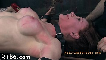Beauty's anal punishment made her squirts out shit uncontrollably