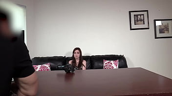 Skinny 19yo Raven Gets Her Butt Plugged And Loves Sucking That Dick!