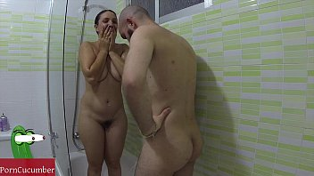 Fuck and deep throat in the shower with my gf Pamela I love her boobs