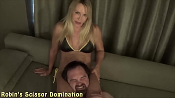 Fightbabe Robin older woman teacher dominates white male student with her thighs