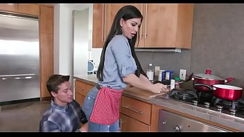 Hot step mom and s. kitchen fuck front dad