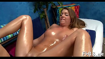 Staggering brunette Jenna Leigh gets huge pipe into her snatch