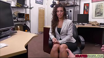 Curly hair babe Victoria  decides to sucks cock and gets fucked for laptop