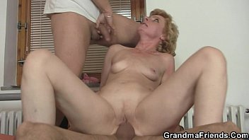 She gives her old pussy as a payment