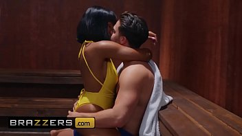 Real wife interracial pic Real wife stories - desiree dulce, jenna foxx, seth gamble - turning up the heat - brazzers