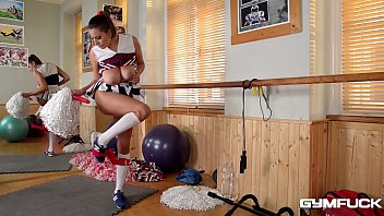 Buffalo cheerleaders boobs - Gym brat cheerleader sensual jane fucks herself at the gym