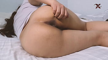 My father's girlfriend lets me fuck her ass, she moans like a whore. YOU RICH DADDY !!! I fill her anus with semen