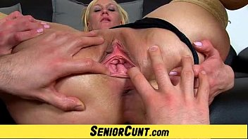 Show your cunt tube Euro milf dita pussy flexing show on close-ups