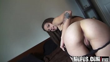 Cyrus nude video - Mofos - latina sex tapes - cyrus blow - home video no.2