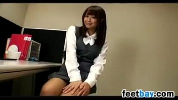 Nylon asians thumbs movie - Japanese girl showing off her beautiful feet