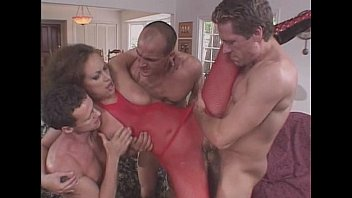 JuliaReaves-Sweet Pictures Susan Highclass - Rushhour on The Assway - scene 2 - video 2 cum natural-