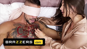 (Angelo Godshack) Gets The Surprise Of His Life When He Sees His Wife (Tru Kait) After His Date - Brazzers