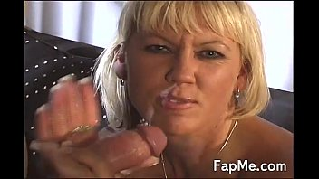 Handjob chicks Two naked chicks love wanking fat cocks