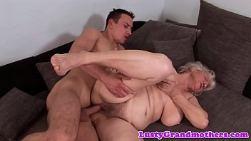 Alluring GILF Is Squirting A Lot