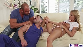 Gay bi girl - Bi handyman - angel piaff, tomm, andy west