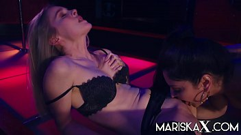 MARISKAX Mariska and Rose share a dick at a strip club