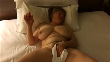 Insane Orgasm Busty Mature Amateur