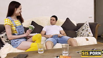 SIS.PORN. Babe Of Easy Virtue Has Arousing Sex With Unscrupulous Stepbro