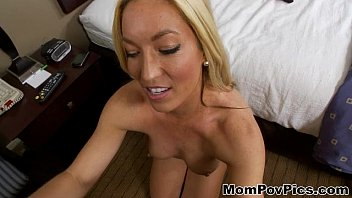 28 year olf young mom