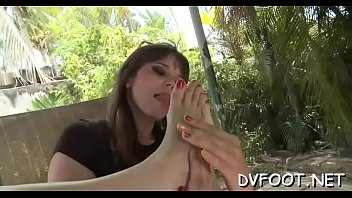 White cuties offers her feet