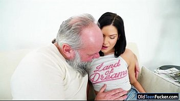 Being sucked off - Euro annie wolf enjoys being licked by a grandpa n suck cock