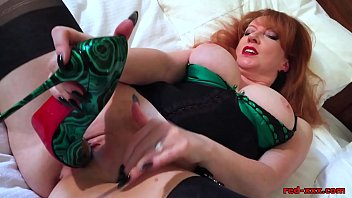 Sexy xxx milfs in stockings Naughty mature redhead fucks her pussy with her heels