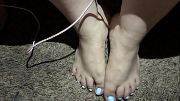 Cumshot cumpilation on sexy beautiful feet (Cumpilation)