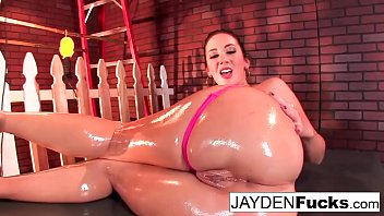 Sexy Jayden Jaymes Plays With Her Huge Tits