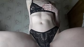 Became horny while watching porno and decided to play with myself. porno izle