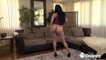 Latina Nila Summers Strips Out Of Her Gstring & Plays With Her Clit