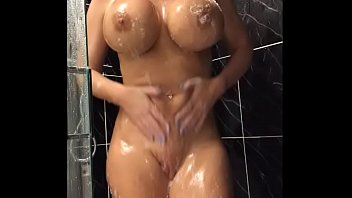 34JJ Blonde shaves her pussy and fucks her tight holes -  TheSophieJames.com