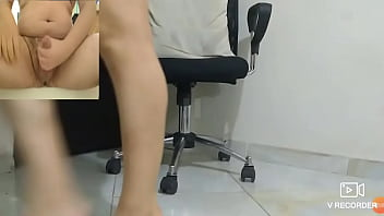 Reacting and milking to feet and legs shaking
