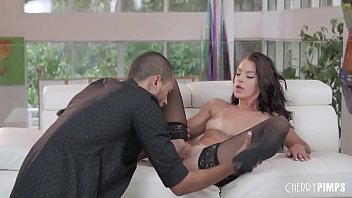 Image: Brunette Babe in Stockings Deepthroats A BBC Before Hardcore Sex