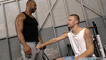 What percentage of the population is gay - Aaron jacobs gets fucked by his black trainer