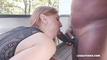Linda Sweet is coming to enjoy Kinky Sex with black cocks & double anal Vorschaubild